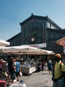 Porta Palazzo: the biggest open market of Turin