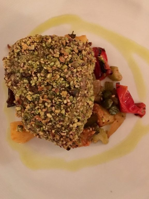 Tuna in pistachio crust