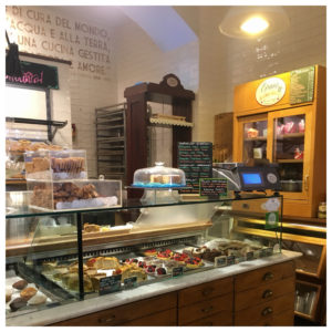 Grano Frutta e Farina: a nice bakery for a break in Rome while wandering around Campo Marzio